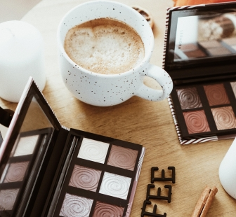 Coffee & Makeup
